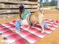 Ordeñando al perro