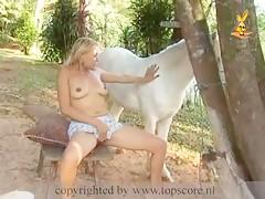 lesbianas con un perro